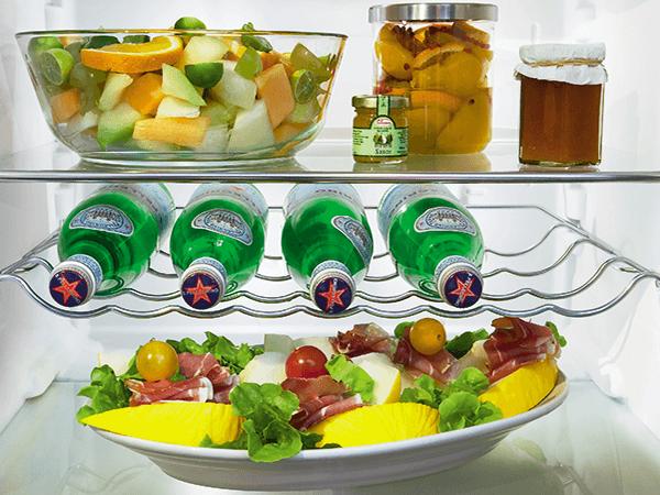 <strong>Flessendraagrooster.</strong> Een praktische en plaatsbesparende oplossing voor het bewaren van flessen.